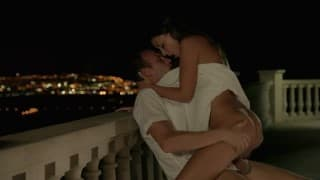 Scopata sul balcone