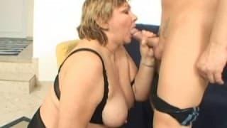 Una donna grassa per un grosso cazzo