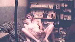 Una dilettante scopata davanti alla telecamera del suo fidanzato
