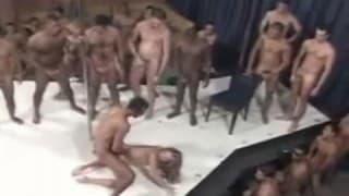 La buona gang bang a fuoco brasiliano