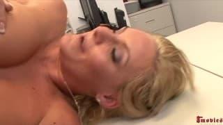 Una grande anale per Phoenix Marie