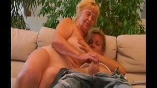 Lisa Mona porno stella