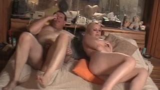 Meghan Edison una scena porno con un uomo maturo