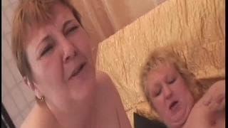 Amalie e Agata sono lesbiche mature