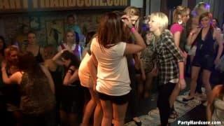 Altro party selvaggio in Partyhardcore.com