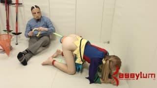 Emma Haize in una scena molto interessante