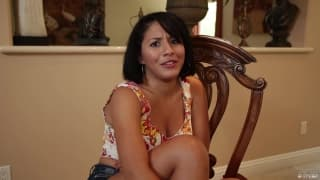 Liv Aguilara è una latina in un video pov