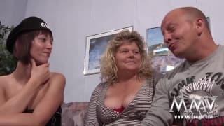 Un trio e una lingerie sexy