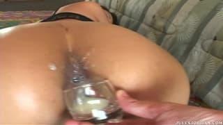 Jade Marcela si fa penetrare il culo !