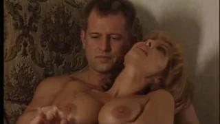 Un porno italiano con Milly D'abbraccio