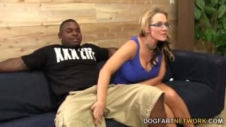 Nikki Sexx lo fa venire sulla sua figa