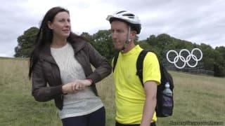 Una milf scopata da un ciclista