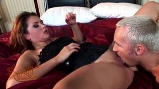 Allie Haze massaggio porno