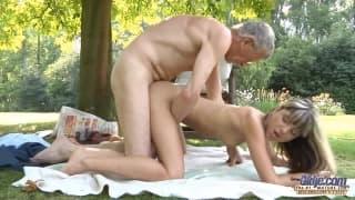 Gina Gerson si fa penetrare la figa