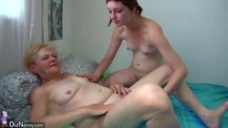 Compilation di nonne lesbiche con giovani