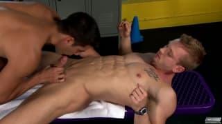James Huntsman per un'anale con Ray Diaz