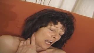 Una matura francese che ama il sesso