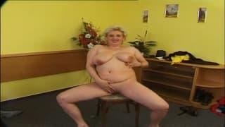 Donne mature per una bella orgia !