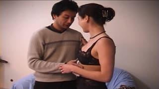 Una coppia francese impegnata a scopare