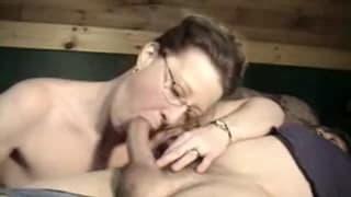 Una milf e la sua gola profonda