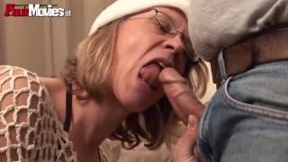 Marga vecchia tedesca che ama il sesso