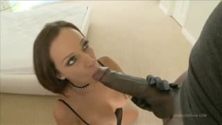 Jada Stevens adora il cazzo nel culo