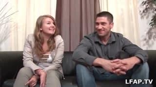 Una coppia arrapata a un casting porno