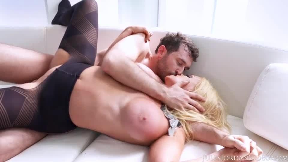 sexy lesbiche scissoring