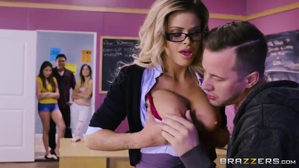 Insegnante porno Brazzers