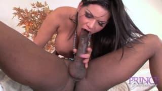 Angelina Castro adora questo cazzo nero